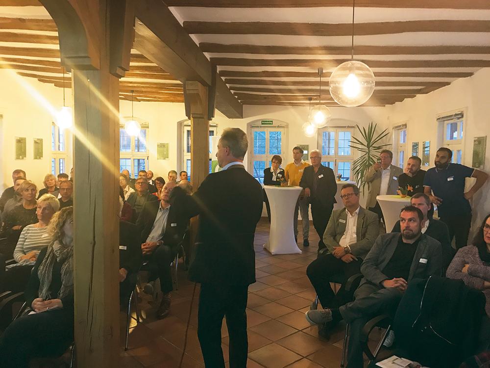 """OREG-Veranstaltungsserie """"So geht das…"""" – Vortrag zum Thema Kundenbindung stößt auf  großes Interesse"""