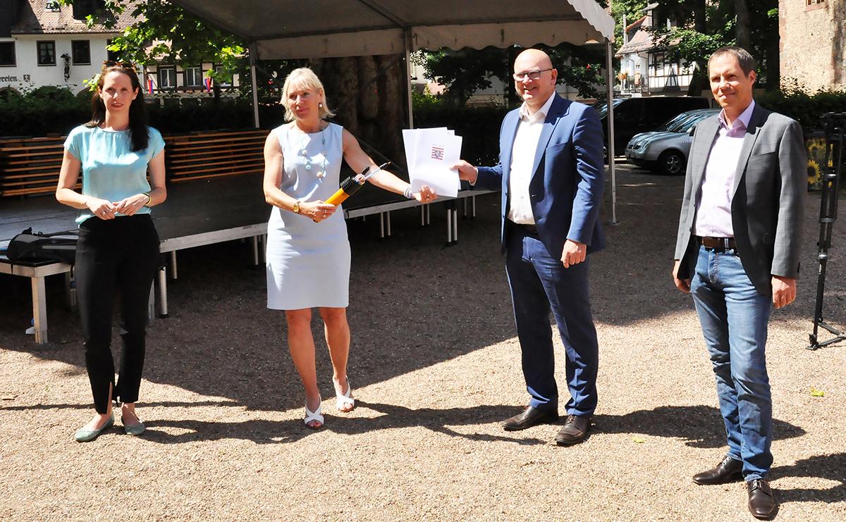 Read more about the article Alle Odenwälder Schulen bis Ende des Jahres mit schnellem Internet versorgt